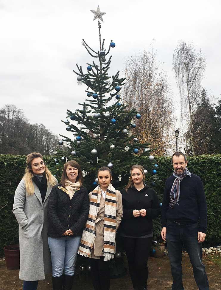 asset-advantage-st-michaels-hospice-christmas-tree-2016-3